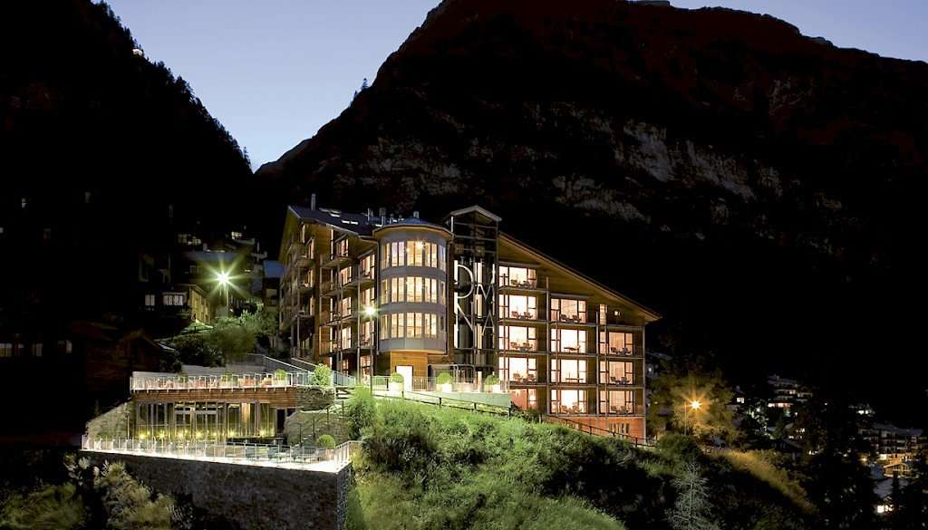 Visit the OMNIA HOTEL